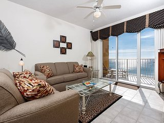 GD 603: UPDATED IN 2016 , WIFI, FREE BEACH SERVICE, FREE GOLF! - Fort Walton Beach vacation rentals