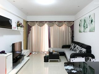 HIGH 5!*Singapore Style SERVICE*MTR*BUDGET*CENTRAL - Hong Kong vacation rentals