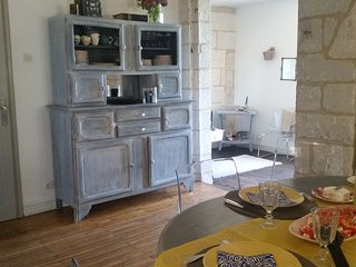 Charming 2 bedroom House in Aubeterre-sur-Dronne - Aubeterre-sur-Dronne vacation rentals