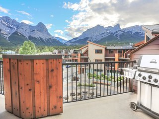 Bright Condo with Deck and Internet Access - Canmore vacation rentals
