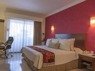 Cancun Downtown, Radiant 4 Star Accomodation - Cancun vacation rentals