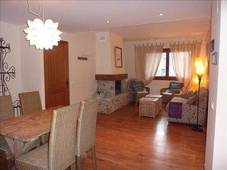 Boj - Apartamento de 2 dormitorios y 1 baño (33BA) - Escarrilla vacation rentals