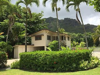 Perfect Cottage with Internet Access and A/C - Hauula vacation rentals