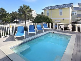 REUNION HOUSE: Close Beach Access, Bikes & Chairs - Destin vacation rentals
