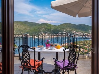 ODYSSEUS APARTMENT - Vathy vacation rentals