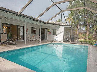 3 Bed 2 Bath Home Fully Equipped With Everything You Need For The Perfect Vaca! - Marco Island vacation rentals