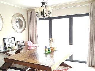 Upmarket, modern cluster home in a secure estate - Fourways vacation rentals