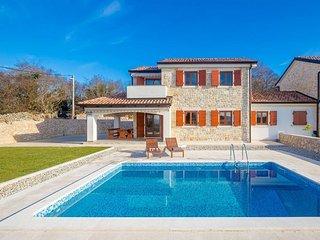 13501 Wunderschöne Steinhaus mit Pool mit 3 Schlafzimmern - Malinska vacation rentals