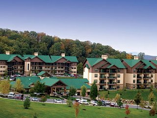 Wyndham Smoky Mountains - HOLIDAY WEEKS AVAILABLE - Sevierville vacation rentals