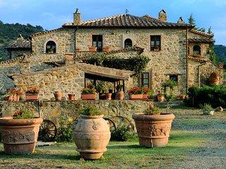 Comfortable Castel Del Piano House rental with Shared Outdoor Pool - Castel Del Piano vacation rentals