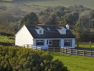 4 bedroom Cottage with Internet Access in Porthgain - Porthgain vacation rentals
