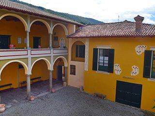 Nice Condo with Internet Access and Television - Cocquio-Trevisago vacation rentals