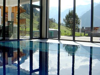 Bright Apartment with Shared Outdoor Pool and Television - Rauris vacation rentals