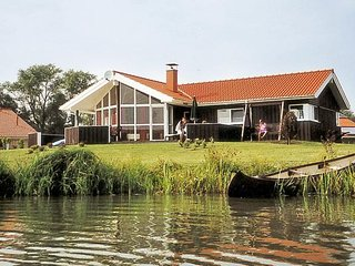 Cozy 3 bedroom House in Otterndorf with Television - Otterndorf vacation rentals