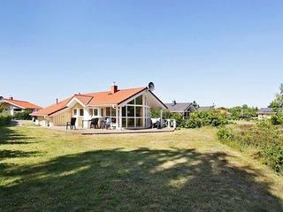 Bright House in Gromitz with Television, sleeps 6 - Gromitz vacation rentals