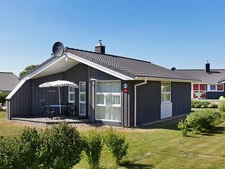 2 bedroom House with Internet Access in Gromitz - Gromitz vacation rentals