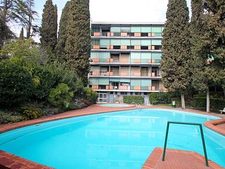 Nice Condo with A/C and Shared Outdoor Pool - Gardone Riviera vacation rentals