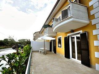 Cozy 1 bedroom Vacation Rental in Paestum - Paestum vacation rentals