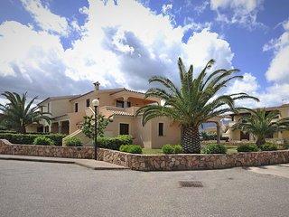 Beautiful San Teodoro Apartment rental with Television - San Teodoro vacation rentals