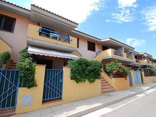 Bright 1 bedroom Vacation Rental in Cala Sinzias - Cala Sinzias vacation rentals