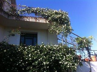 Agriturismo Il Poggio Delle Rose - Camera Doppia - Domicella vacation rentals