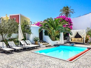 Gorgeous Villa with Internet Access and DVD Player - Megalochori vacation rentals