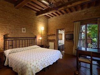"Studio ""Rustico"" at La Casa delle Querce - Montepulciano - Acquaviva di Montepulciano vacation rentals"
