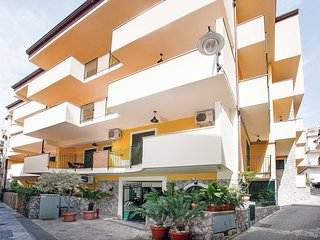 Bright 1 bedroom Letojanni Apartment with Internet Access - Letojanni vacation rentals