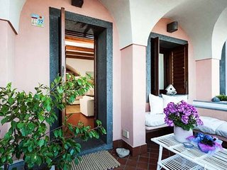 Bright 3 bedroom Stazzo House with Internet Access - Stazzo vacation rentals
