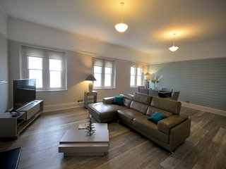 6 2 bed with stunning sea views sleeps 4-6 - Plymouth vacation rentals
