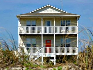 Spacious 5 bedroom Vacation Rental in Oak Island - Oak Island vacation rentals