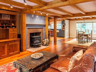 Adorable House with Internet Access and A/C - Brooks vacation rentals