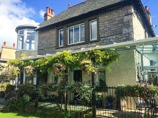 KENTRIGG HOUSE superb detached house, spa pool, covered veranda, woodburning stove, Kendal, Ref 943674 - Skelsmergh vacation rentals