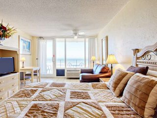MAY DISCOUNTED!!! Direct Ocean Front Beauty on 6th Floor * Pirates Cove, Pool - Daytona Beach vacation rentals