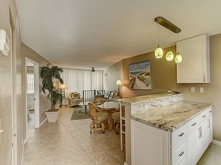 Angler's Cove 203H - 1 Bed 2 Bath Condo, Renovated!  Washer/Dryer in Unit! - Marco Island vacation rentals