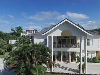 THIS is where you want to stay! 8BR. Ocean views. - Discovery Bay vacation rentals