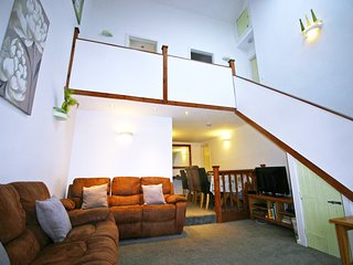 Ash Court - 4 Star Gold Bronte Country - Thornton vacation rentals