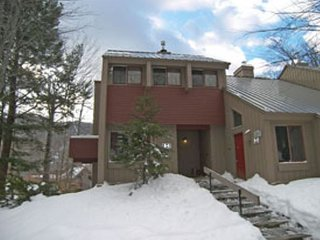 V020E- Managed by Loon Reservation Service - NH Meals & Rooms Lic# 056365 - Lincoln vacation rentals
