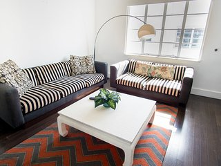 Lincoln Road Suites by YouRent Sleeps 8!  1CP2BZD - Miami Beach vacation rentals