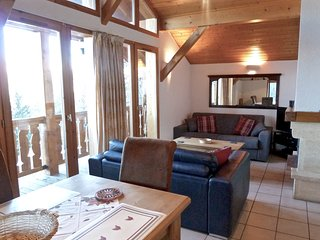 Vallandry 26 is a cozy chalet that sleeps up to 6p and is centrally located - Vallandry vacation rentals