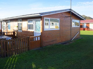 Pippins Retreat Chalet 86B, 2 bedrooms 1 Bathroom, Sleeps 4 - Bridlington vacation rentals