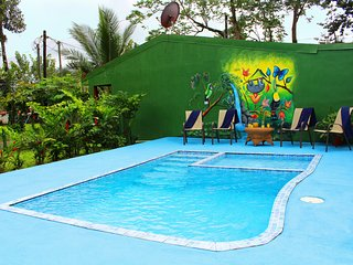 Fortuna's Best - Pura Vida House - for large groups on a budget - La Fortuna de San Carlos vacation rentals