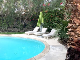 Palm Springs Hideaway - heated pool/hot tub/ 3 fire pits and more - very private - Palm Springs vacation rentals