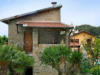 2 bedroom House with Balcony in Grimaldi - Grimaldi vacation rentals