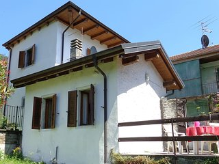 3 bedroom House with Television in Mergozzo - Mergozzo vacation rentals