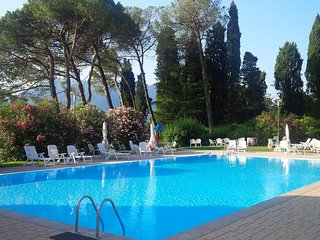 Beautiful 3 bedroom Condo in Oggebbio with Shared Outdoor Pool - Oggebbio vacation rentals