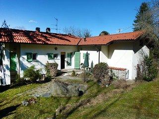 3 bedroom House with Internet Access in Castelveccana - Castelveccana vacation rentals