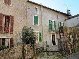 Cozy 2 bedroom Castelveccana House with Television - Castelveccana vacation rentals