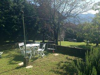 2 bedroom Apartment with Television in Brezzo di Bedero - Brezzo di Bedero vacation rentals