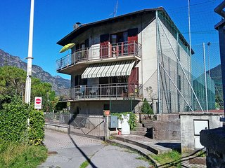 3 bedroom Apartment with Internet Access in Osteno - Osteno vacation rentals